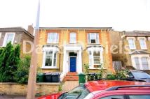 Flat to rent in GRANGE PARK ROAD, London...