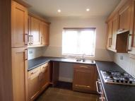 2 bed Flat to rent in HELMSLEY ROAD...