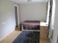 Studio flat in Osprey Park, Thornbury...
