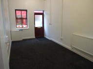 1 bedroom Ground Flat in Town Hall Street...