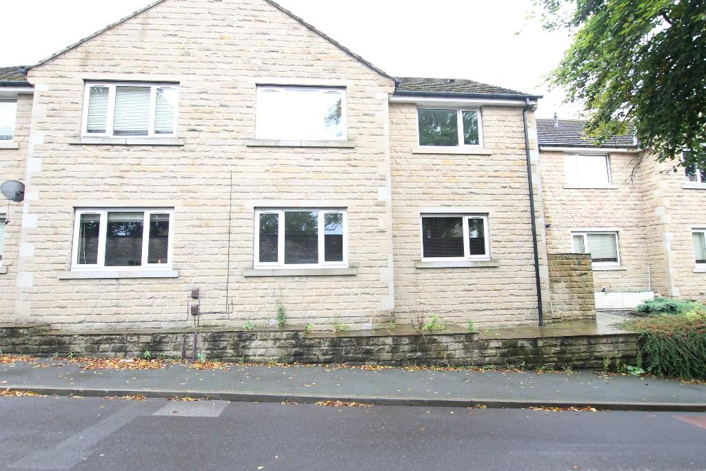 2 bedroom ground floor flat to rent Hall Garth, Huddersfield, HD5