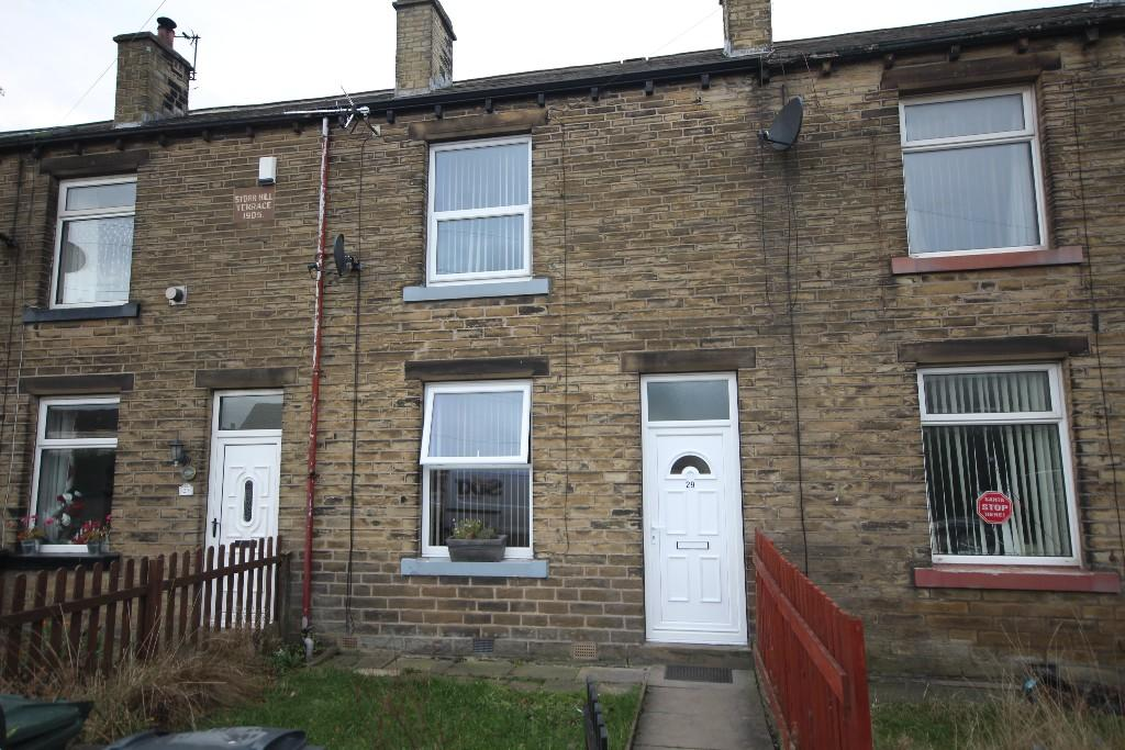 2 bedroom terraced house to rent Storr Hill Terrace, Carr House Gate, Bradford, BD12