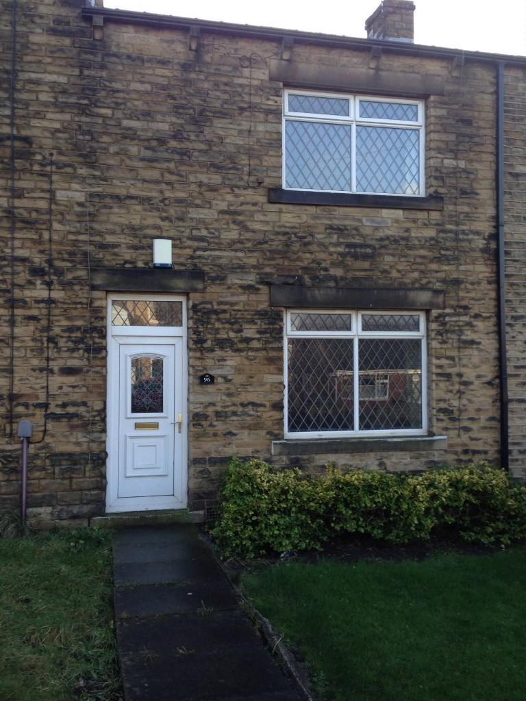 3 bedroom terraced house to rent Moor End Lane, Dewsbury, WF13