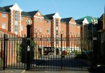 3 bed Apartment to rent in Juxon Street, Oxford...
