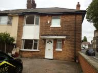 4 bed semi detached property to rent in First Avenue, Acton...