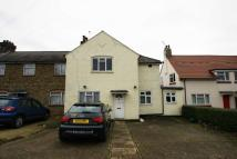 5 bedroom semi detached home to rent in Hoylake Road, Acton...