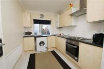 4 bedroom semi detached house in Taylors Green...