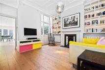 4 bedroom Terraced house in Summerfield Avenue...
