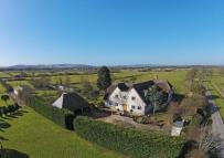 6 bedroom Detached home for sale in Green Lane, Lewes, BN8