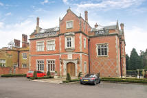 Maisonette for sale in Buckswood Grange...