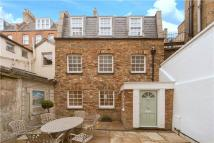 3 bedroom property to rent in Old Gloucester Street...