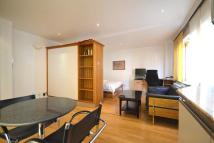 Studio apartment in Floral Street WC2E