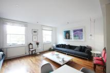 Flat to rent in Orde Hall Street...
