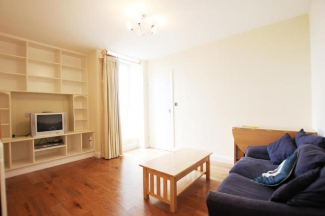 1 bedroom flat to rent in Winter Garden House 2 Macklin Street
