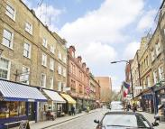 1 bedroom Flat in Monmouth Street...