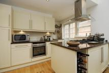 2 bed new Flat in Brydges Place...