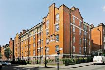 Flat in Siddons Court, 39...