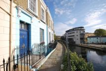 Flat to rent in Lyme Terrace, Camden...
