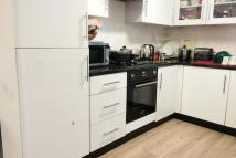 Bungalow to rent in Savoy Close, Stratford...