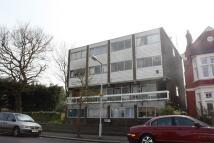 Studio apartment in CONNAUGHT AVENUE, London...