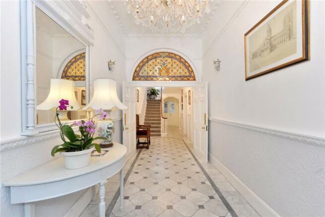 Marylebone Hallway