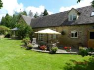 4 bed property for sale in Haydon's Close...