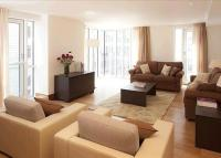 1 bed Flat to rent in Parkview Residence...