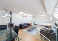 3 bedroom Flat to rent in Penthouse Little Russell...