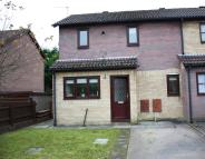 2 bedroom property to rent in Chandlers Reach Llantwit...