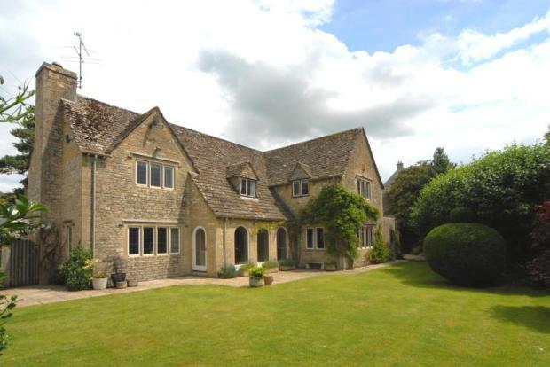 4 bedroom house for sale in hawkers hill bibury