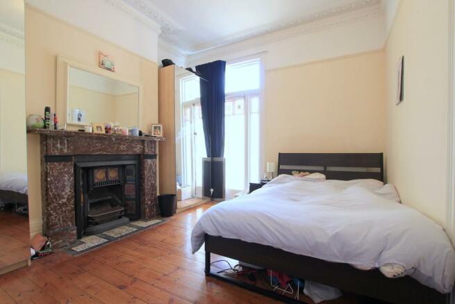 Bedroom (image 1)