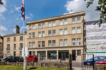 Long Acre Flat to rent