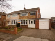3 bedroom semi detached house in Shadforth Drive...