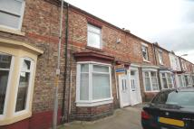 2 bed Terraced house in Londonderry Road...