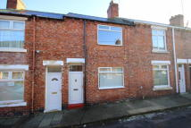 Terraced property to rent in Clifford Street...