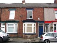 Terraced home to rent in Dundee Street...