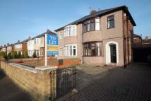 semi detached house to rent in Lynton Gardens...