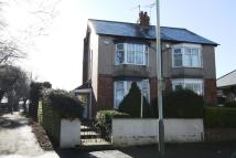 2 bedroom semi detached house in Whinfield Road...