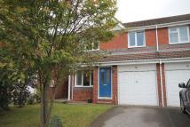 semi detached home to rent in AMBERLEY GROVE...
