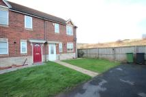 3 bed semi detached property to rent in Intrepid Close...