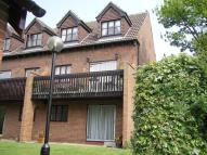 2 bedroom Ground Flat in FOUR WINDS COURT...