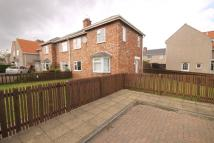 3 bedroom semi detached home to rent in Challoner Square...