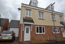 4 bedroom semi detached house in Low Grange Court...