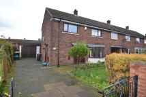 3 bed semi detached property to rent in Central Drive...