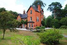 7 bedroom home in DEEPCUT, CAMBERLEY...