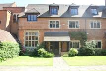 5 bed property in Woking