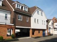 Apartment to rent in West Byfleet