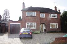 3 bedroom property in WOKING, SURREY