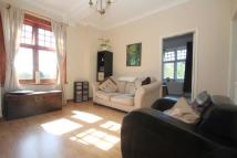 1 bedroom Flat to rent in Woking, Surrey
