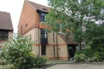 Studio flat in GOLDSWORTH PARK, WOKING...